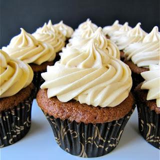 Applesauce-Spice Cupcakes