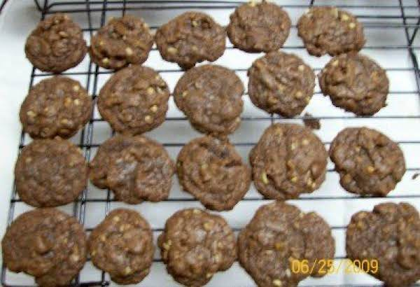 Mare-mare's Brownie Chocolate Chip Cookies Recipe