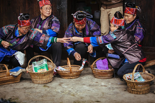 Miao Intangible Cultural Heritage —— Embroidery - Google Arts & Culture