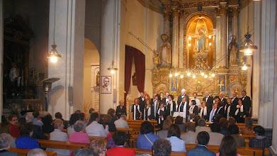 Photo: ... segueix amb el concert de l'Orfeó ...