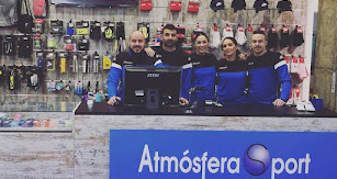 El equipo de Atmósfera Sport en Adra.