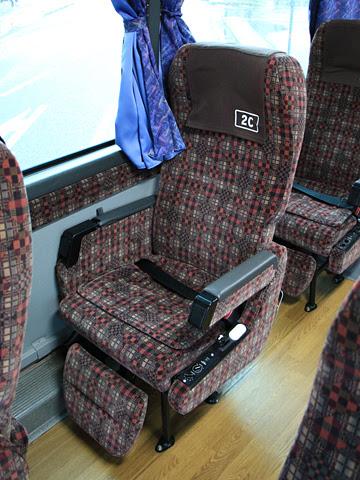 九州産交バス「フェニックス号」「なんぷう号」 ・417 シート