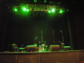 Photo: いよいよRAMON AYALAさんのコンサート(ND teatro)。前から3列目!かぶりつきでキンチョー。 http://parajunko.blog.fc2.com/blog-entry-90.html