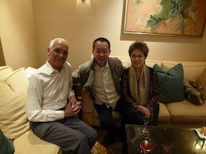 Photo: 阿甘同老婆跟馮老師影相