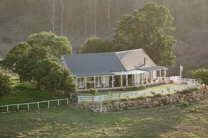 Brisbane Farm Stays