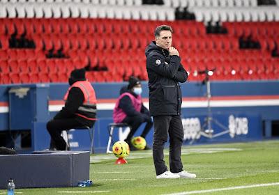 """L'entraîneur de Lorient ne digère pas: """"On a des occasions, puis l'arbitre siffle ce penalty pour le PSG..."""""""