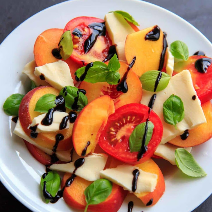 Peach Caprese Salad Recipe