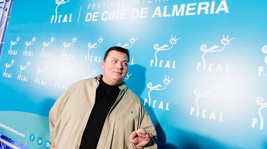 Kiko Medina, en el Festival Internacional de Cine de Almería en 2016, cuando recibió el Premio ASFAAN a su trayectoria.