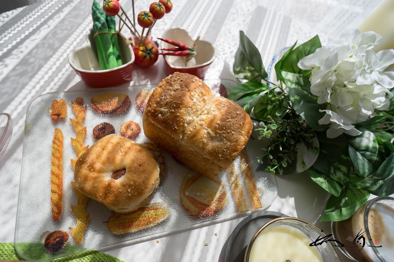 美瑛の丘の食パン&あんぱん