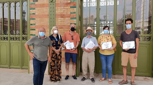 Los almerienses emulan a los políticos en el concurso de 'Cuentos Chinos'