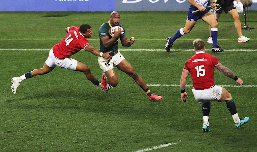 Boks bludgeon victory to level series against the B & I Lions