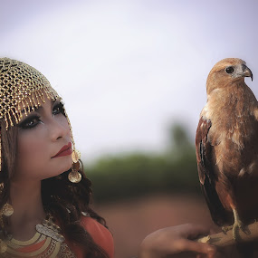 Eagle Eye by Karazy Shooke - People Fashion ( fashion, eagle, karimun, cleopatra, indonesia )
