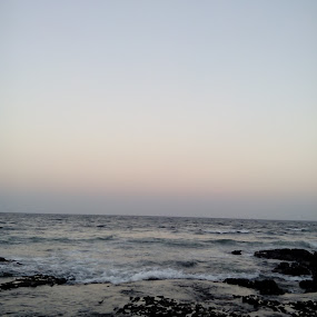 My favourite click by Priya Paranandi - Landscapes Beaches ( water, beauty )