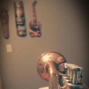 trompette en laiton by Mason Ablicki - Artistic Objects Musical Instruments ( music, jazz, trumpet, vignette, mute )
