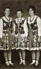 Photo: Aniela KWAK , Zofia BUKOWSKA , KWAK. Lata 60 -te.