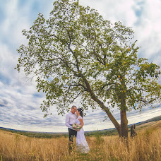 Wedding photographer Maksim Ibragimov (70maxi). Photo of 12.09.2015