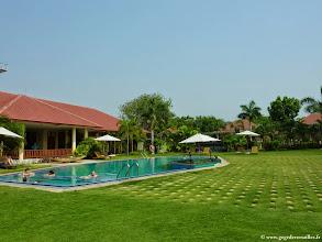 Photo: #021-Monywa, le Win Unity Resort. La piscine.
