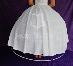Photo: Anágua simples para crinolina em algodão. R$ 110,00.