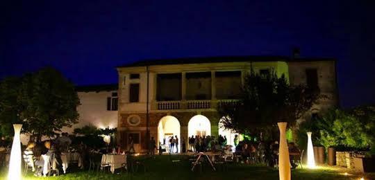 Relais Villa Gozzi B and B