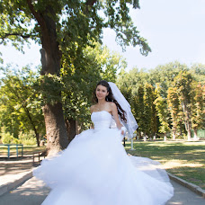 Wedding photographer Irina Kolesnikova (KolesnikovaI). Photo of 10.08.2015