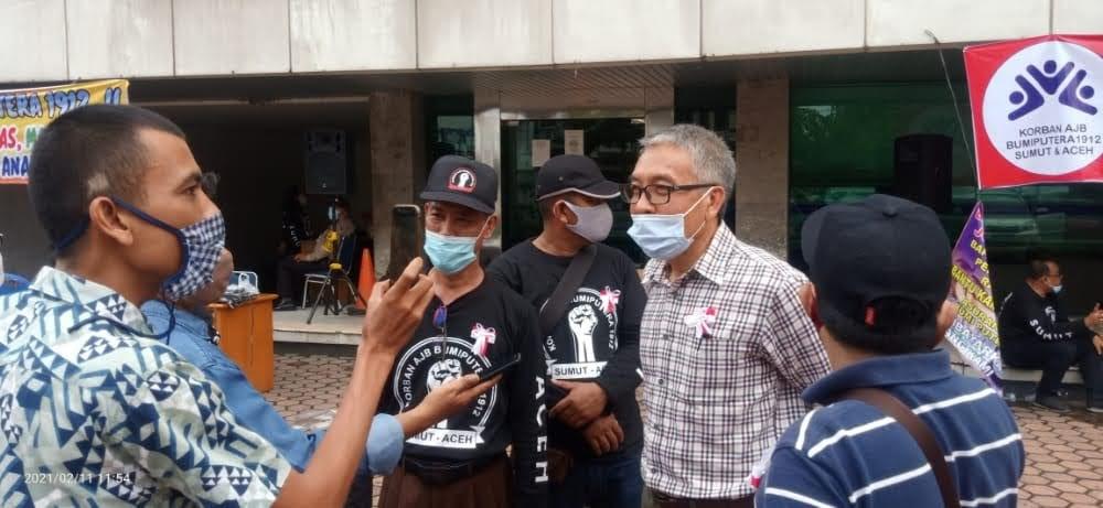 Puluhan Nasabah Geruduk Kantor AJB Bumiputera Medan Tuntut Klaim Asuransi