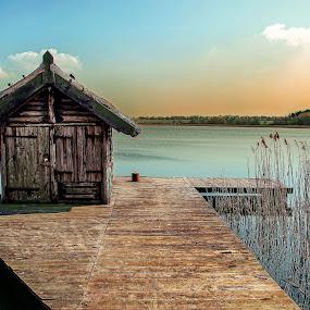 ... by Tomasz Marciniak - City,  Street & Park  Vistas ( park, lake, spring )