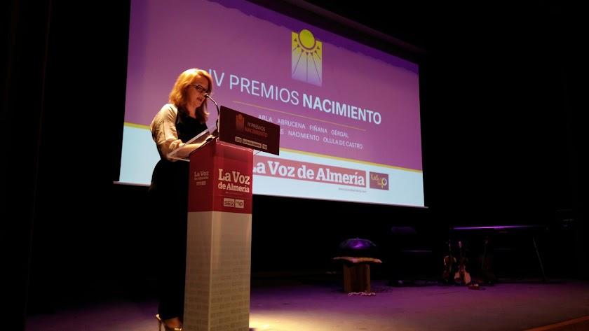 La subdirectora de LA VOZ, Antonia Sánchez da comienzo a la gala.