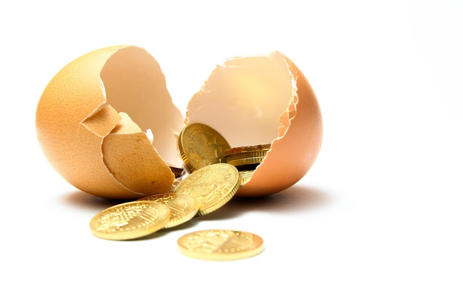 Financial savings by Tan  Kian Yong - Products & Objects Business Objects ( concept, finance, security, egg, business, investment )