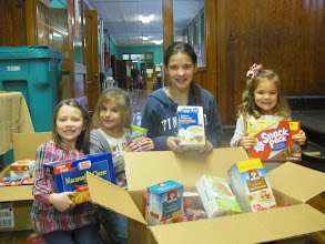 Photo: Priest Street School Food Drive with Madison Lemanski, Lily Imbriani, Kylee and Emma Petricca.