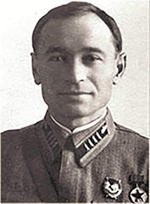 Дубовой И.В. - ком-р 25 тбр, полковник