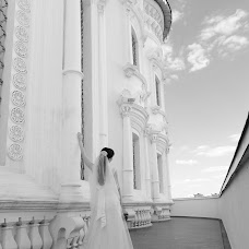 Wedding photographer Galina Kostrykina (LediGala). Photo of 14.10.2014