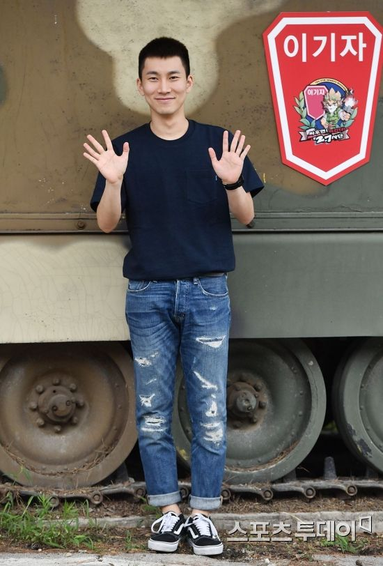 btob eunkwang military 2