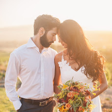 Wedding photographer Tatyana Timkova (TaniaTimk). Photo of 07.04.2015