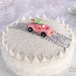 """Driving home for Christmas"" cake"