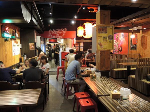 燒鳥串道-吉林店  串燒配啤酒~一級棒享受!上班族下班後小確幸~喝酒聊天聚會好場所!