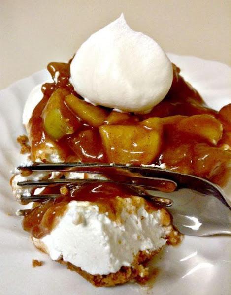 Cinnamon Apple Cream Cheese Dessert Recipe