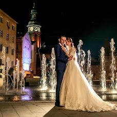 Wedding photographer Roman Medvid (photomedvid). Photo of 25.11.2018