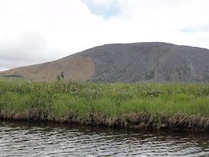 Photo: Вот какой миленький ручей, никаких камешков! Интересная гора с четким пятном.