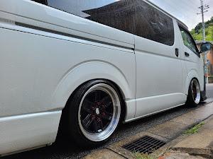 ハイエースバン TRH200V SUPER GL 2018年式のカスタム事例画像 keiji@黒バンパー愛好会さんの2020年08月30日14:25の投稿