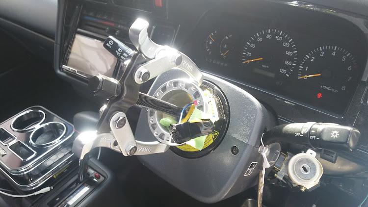 ハイエース TRH112Vのハイビームインジケーター,オートウインカー,ハンドルボスに関するカスタム&メンテナンスの投稿画像3枚目
