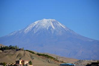 Photo: Ararat z granicy Iranskiej.