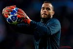Tottenham haalt ex-keeper terug nadat hij deze zomer aan de deur werd gezet
