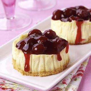 Individual Cheesecake Desserts.