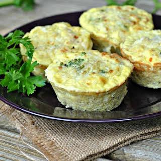 Broccoli-Cheese Quinoa Egg Muffins.