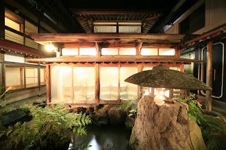 Photo: 平安風呂外観夜 Courtyard