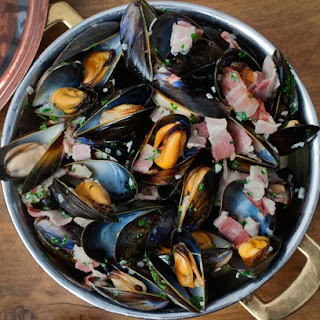 Mussels with Cider and Bacon Recipe