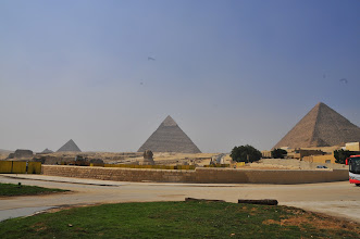 Photo: view of Pyramids from Sphinx