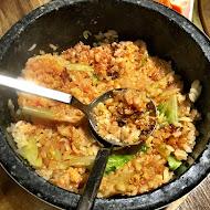 牛角日式炭火燒肉(永康愛買店)