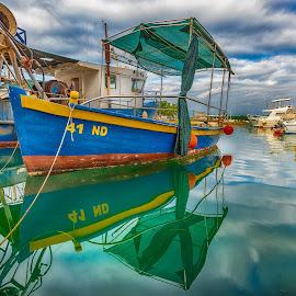 by Eseker RI - Transportation Boats