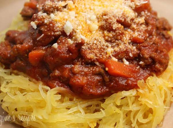 Spaghetti Squash With Turkey Meat Sauce